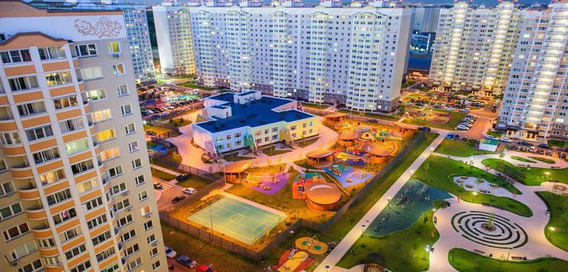 Дворовая территория в ЖК «Первый Московский»