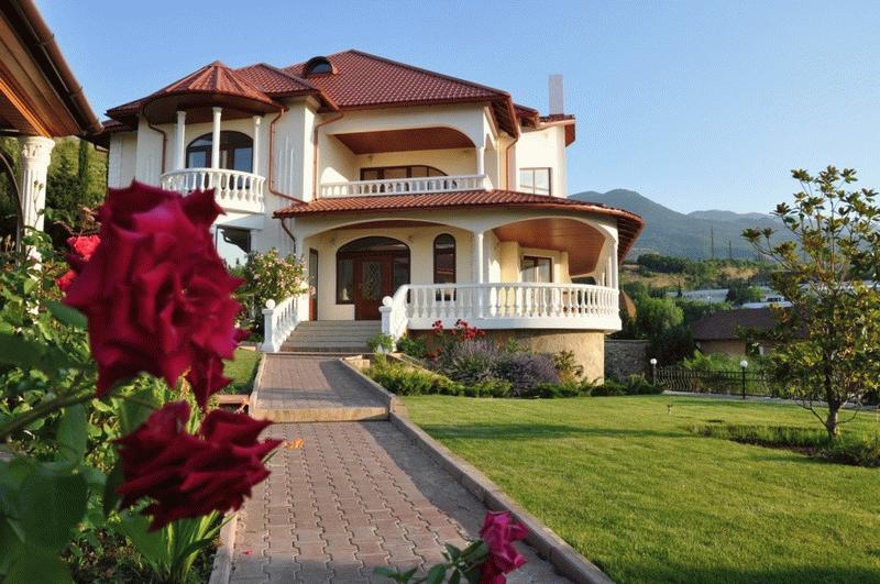 Дом в Крыму у моря