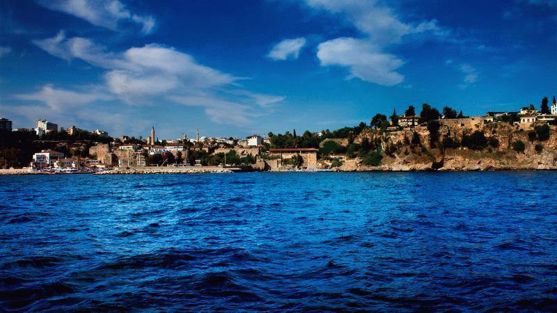 Вид Анталии с моря