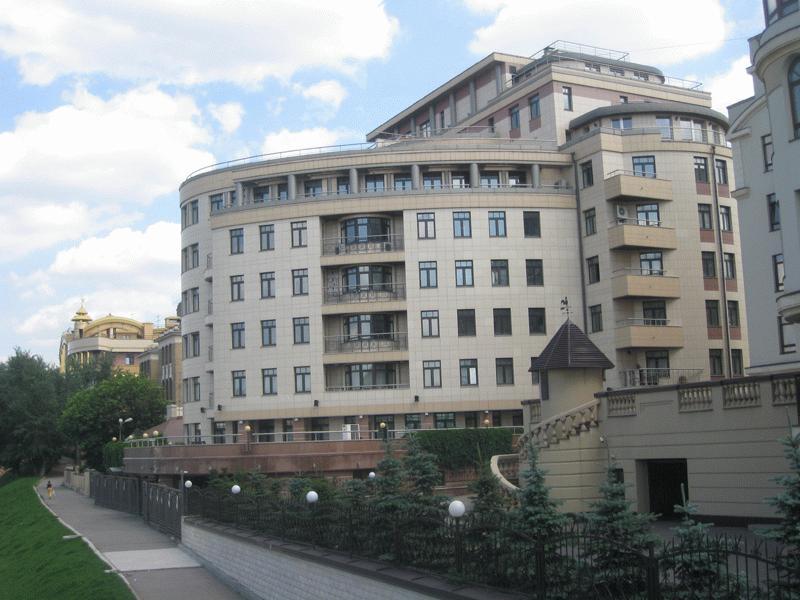 Внешний вид дома - один из показателей элитности квартиры, определяющий ее принадлежность к одному из существующих типов