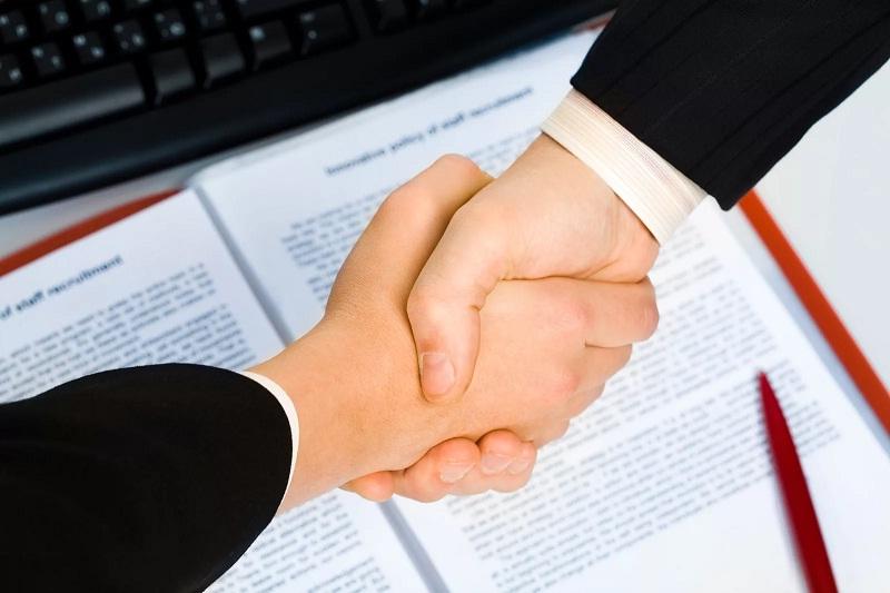 Заключение сделки осуществляется после проверки всех данных и подготовки необходимых документов
