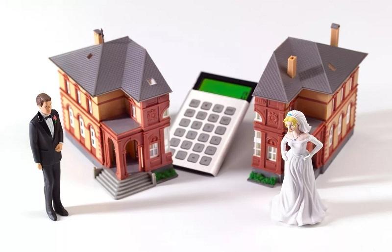 Продать совместную недвижимость без уведомления второй половины нельзя