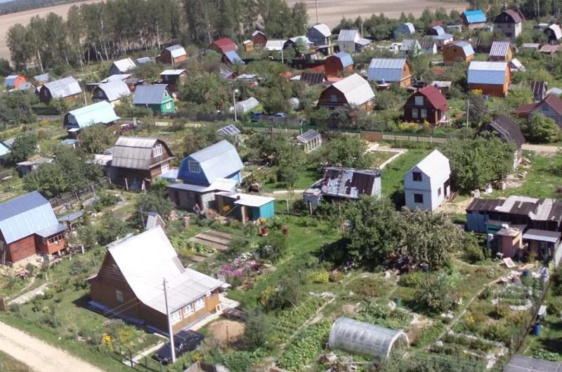 Наделы СНТ являются частью садоводства или огородничества